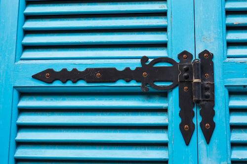 Accessoires de volet battant en bois